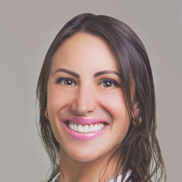 Dra. Bárbara Grando